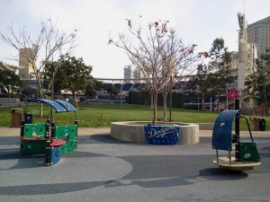 PETCO2012_PLAYGROUND EMPTY